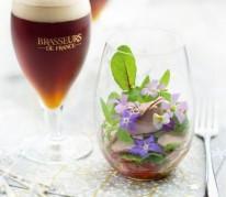 salade-folle-petales-de-fleurs-et-foie-gras