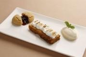 pain-perdu-confiture-d-airelles-et-streussel-d-amandes