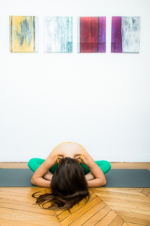 yoga d butant la posture du papillon ou badhakonasan diaporama forme doctissimo. Black Bedroom Furniture Sets. Home Design Ideas