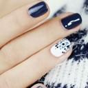 nail-art-or-glitter bleues