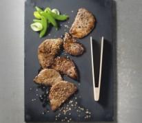 boeuf-grille-aux-graines-de-sesame-et-a-la-sauce-soja