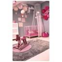 chambre de bébé étoiles et montgolfières