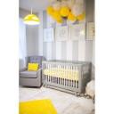 chambre de bébé jaune