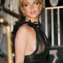 Lindsay-Lohan-side-boobs