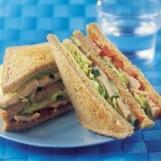 Club sandwich complet au rôti de dinde