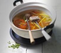 fondue-de-boeuf-au-vin-blanc
