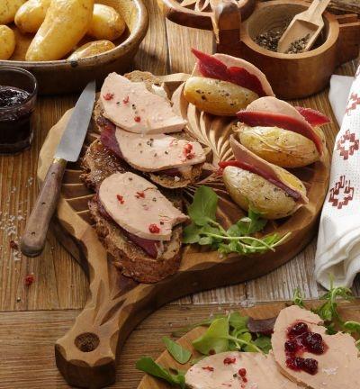 recette pommes de terre en robe des champs au magret s ch et foie gras doctissimo recette. Black Bedroom Furniture Sets. Home Design Ideas
