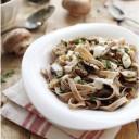 tagliatelles de châtaigne au champignons, sauce au Saint-Nectaire