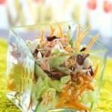 Salade croquante au surimi