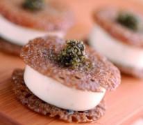 mignardises-de-sarrasin-creme-et-caviar