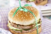 Hamburger d'agneau à la mozzarella