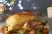 Dinde fermière label rouge rôtie à la sauge et ses croquettes de pommes de terre aux marrons