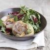 Salade de tête de veau tiède aux pissenlits et amandes grillées