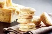 Macarons au parmigiano-reggiano