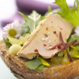 Tartines de foie gras et pâquerettes