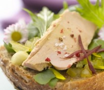 tartines-de-foie-gras-et-paquerettes