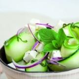 Salade de courgette à la féta et à la menthe fraîche