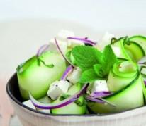 salade-de-courgette-a-la-feta-et-a-la-menthe-fraiche