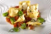 gratin-de-raviolis-aux-feves-et-pecorino