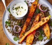 salade-de-carottes-roties-aux-lentilles-et-au-chevre