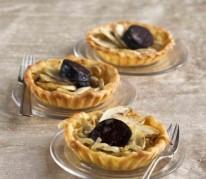 tartelette-oignons-pommes-et-boudin-noir
