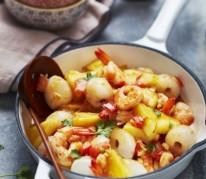 wok-de-crevettes-aux-litchis-frais-et-a-l-ananas