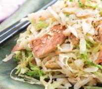 wok-de-chou-vert-au-poulet-soja-et-sesame-dore