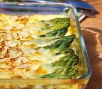 clafoutis-sale-aux-asperges-vertes-amandes-et-parmesan