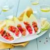 Feuilles d'endives Perles du Nord au tartare de saumon et pamplemousse