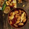 Amandes et chips de légumes croquants