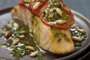 pave-de-saumon-ecossais-label-rouge-a-la-tomate-et-au-pesto