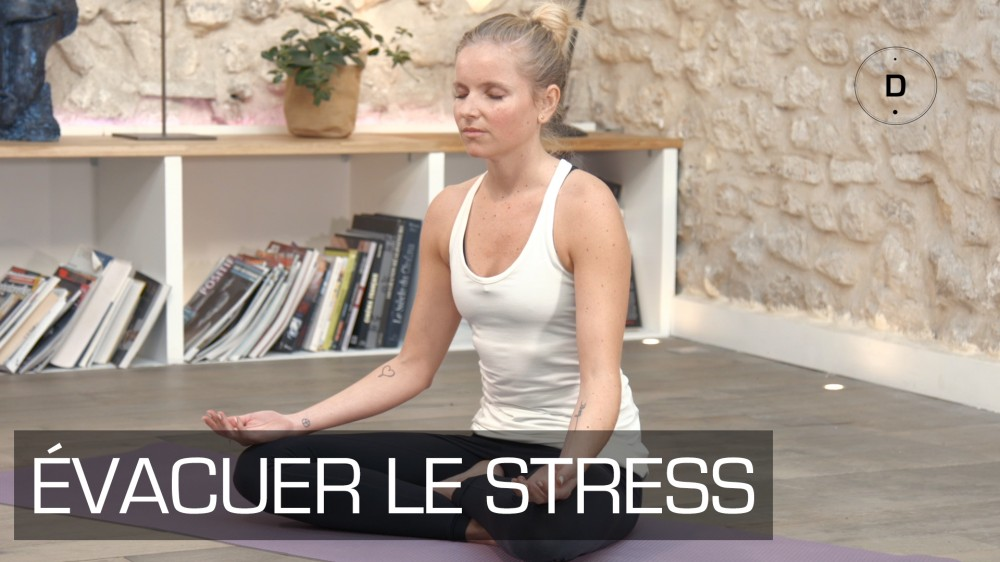 yoga anti stress s ance de yoga et relaxation une vid o forme doctissimo. Black Bedroom Furniture Sets. Home Design Ideas