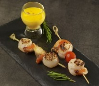 brochettes-de-saint-jacques-sauce-hollandaise
