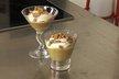 Compote de rhubarbe, cannelle et crème fraîche